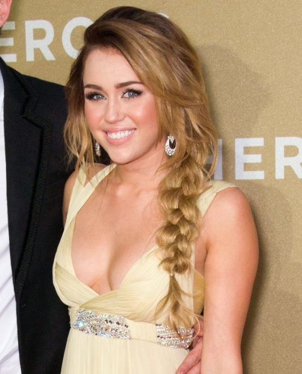 Miley Cirus Hot